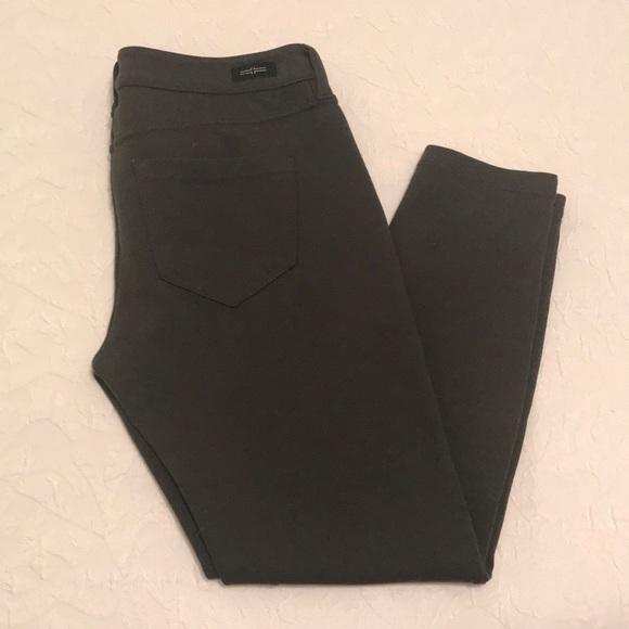 Liverpool Jeans Company Pants - Greenish Gray Capri Leggings
